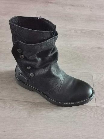 Skórzane buty męskie Lasocki rozmiar 45 ocieplane