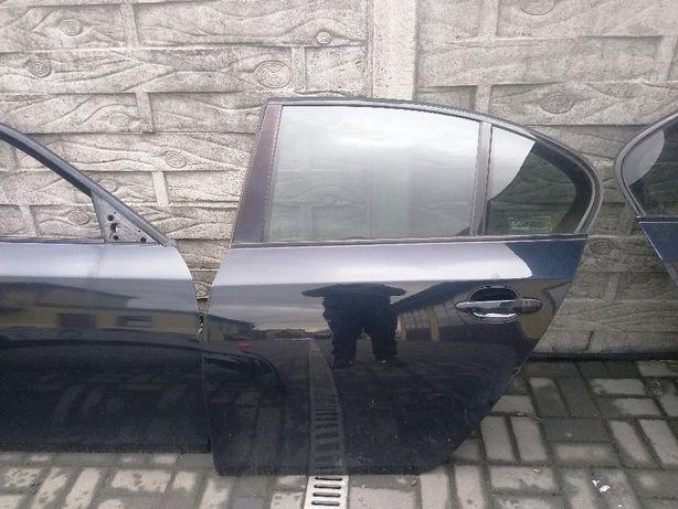BMW 5 E60 drzwi lewy tył carbonschwarz 416