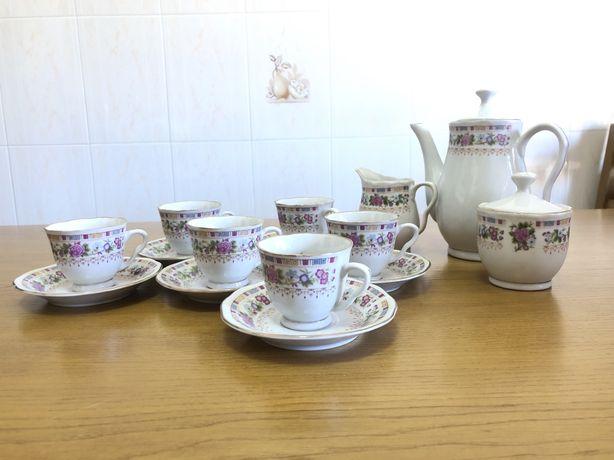 Conjunto de chá/café porcelana novo 15 peças