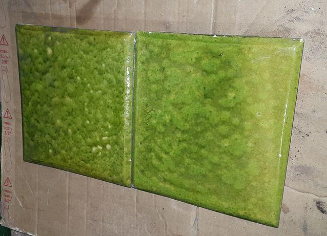 Kafle , Piec kaflowy przedwojenny kolor zielony z polyskiem