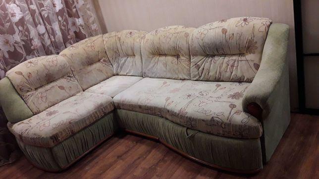 СРОЧНО  Продам диван кутовий. Розкладний.
