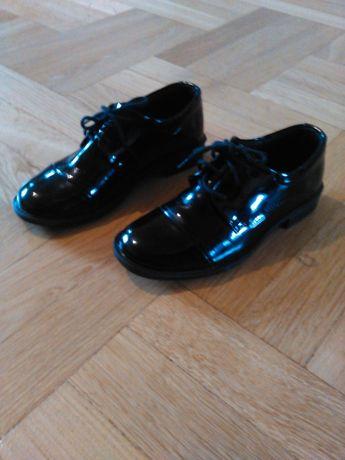 Wizytowe buty dla chłopca 29