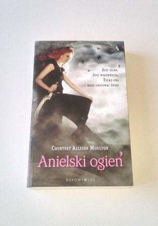 Courtney Allison Moulton Anielski Ogień horror fantasy powieść