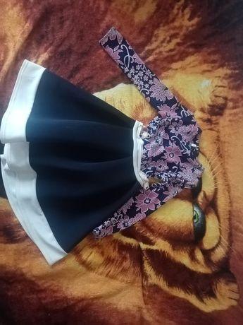 Продаю платье для девочки, состояние хорошее)