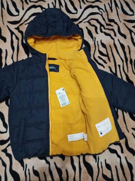 Курточка,куртка на флисе.Новая.Польша.Сине-желтая.2 размера.