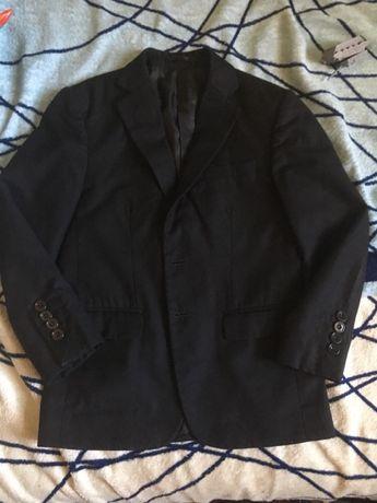 Продам турецкий школьный пиджак и жилет