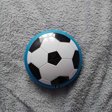 Piłka do grania w domu