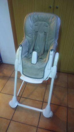 Cadeira de refeição da Bébéconfort, quase dada!
