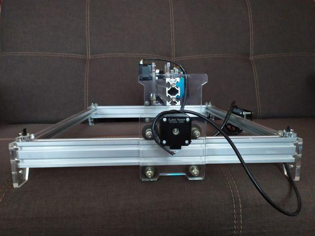 Лазерный гравировальный станок EleksMaker