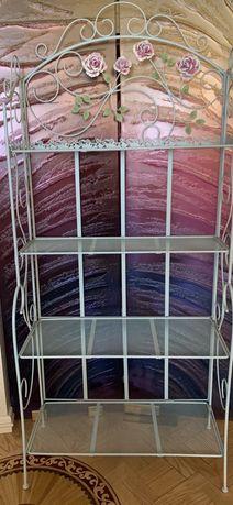 Металлический стеллаж под винтаж с декором 4 полки