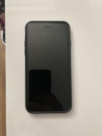 Iphone SE 2020 bateria 96 %