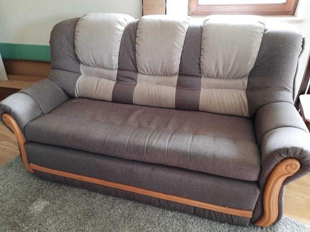 Komplet wypoczynkowy oraz dwa fotele
