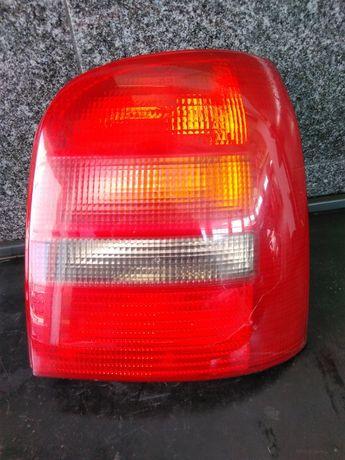Farolim Direito Audi A4 96-01