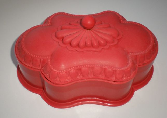 Шкатулка карболит-бакелит.Тбилисский завод пластмасс, СССР