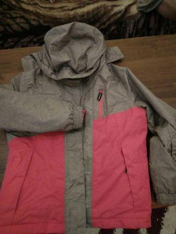 Sprzedam kurtkę dziewczęcą 134-140