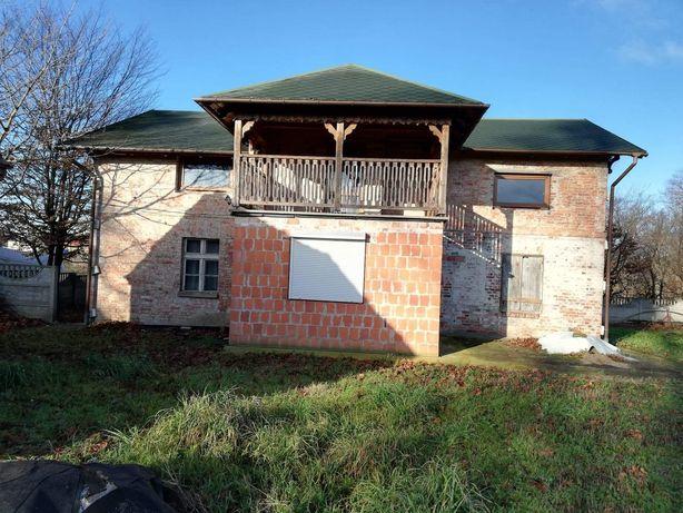 Dom 200m2, działka 1500m2, ogrodzona, nowy dach, świetna lokalizacja.