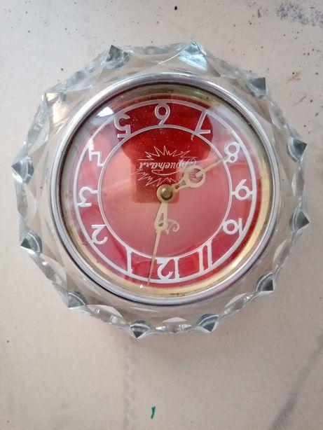 настольные часы Кристалл рабочие