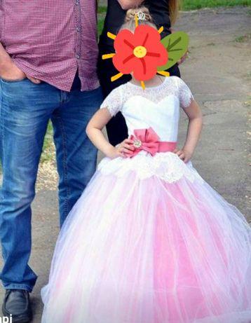Продам плаття дитяче
