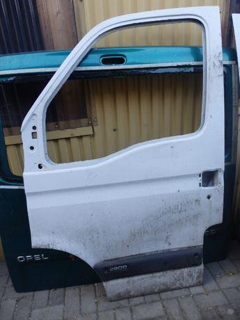 Drzwi przednie lewe Opel Movano Listwa drzwi