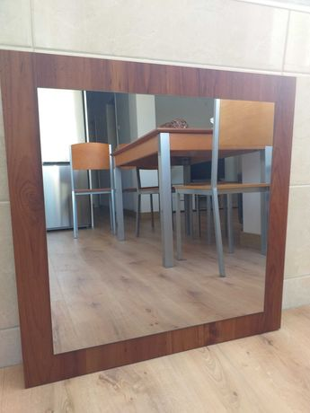 Espelho em madeira ótimo estado
