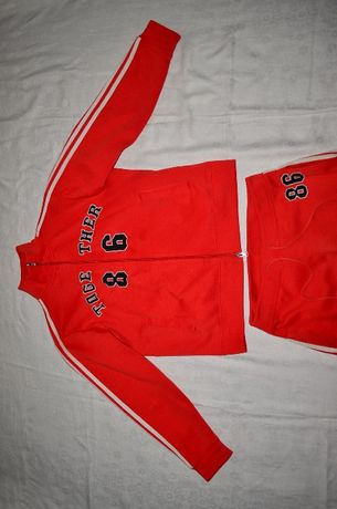 Спортивный костюм Отличное состояние Высокое качество кофта и штаны