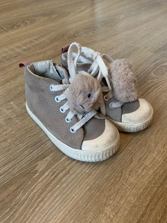 Ботинки Zara 21 размер 13,5 см