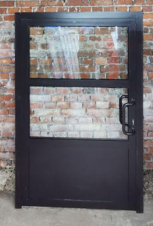 Drzwi aluminiowe ciemny brąz 135x209 wewnętrzne zimny profil