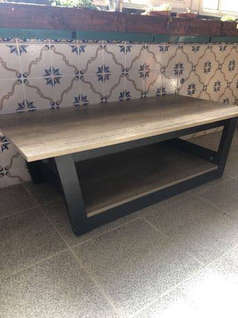 Mesa de sala e mesa de cozinha