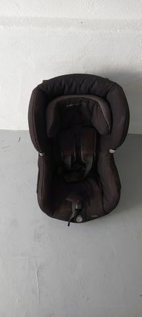 Cadeira auto Bebeconfort axxis