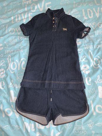 Продам джинсовый костюм на стройную девушку s-xs