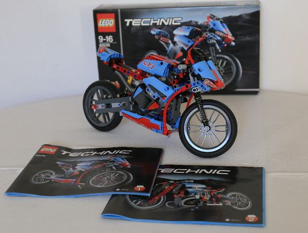 Lego Technic 42036 - Street Motorcycle / Street Bike