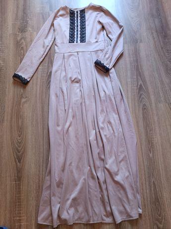 Платье 44-46 р. Длина макси