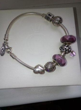 Оригинальный браслет pandora. Шармы можно поштучно.