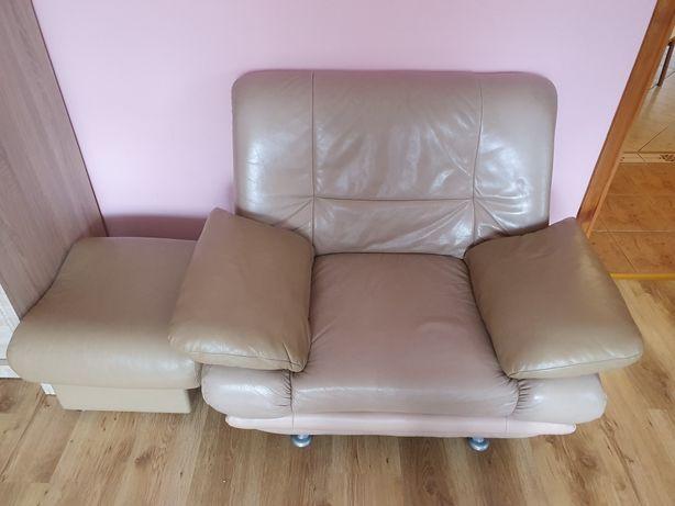 Kanapa + 2 fotele + puf + sofa