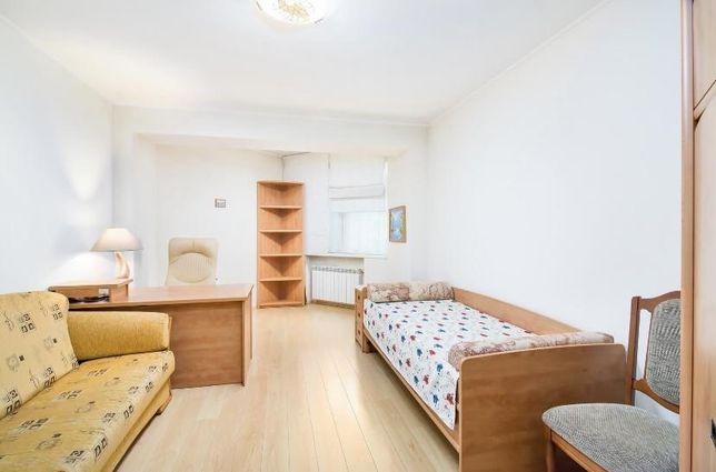 Героев Сталинграда 24 - продается многоуровневая  квартира.