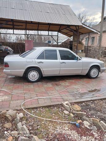 Мерседес 124, 1993г, 3л турбодизель