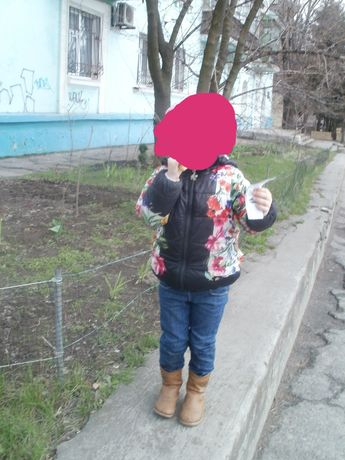 Детская куртка 4-6лет