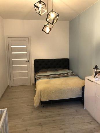 Продаж 1 кімнатної квартири вул. Пулюя в новобудові