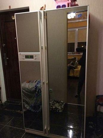 Двухдверный холодильник. Side by side. Samsung