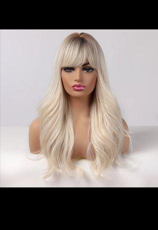 Peruka z długimi włosami platynowy blond grzywka