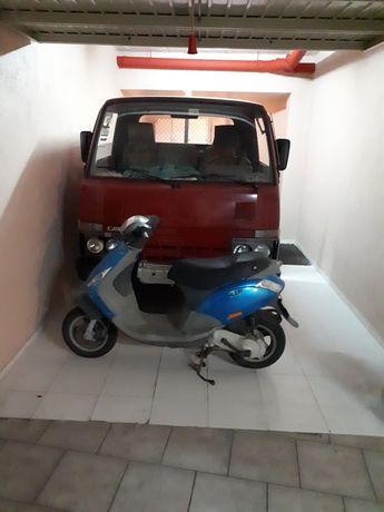 Garagem aluga-se