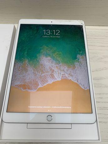 iPad Air 3, 256 GB, 2019.