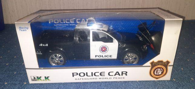 Полицейская машинка пикап