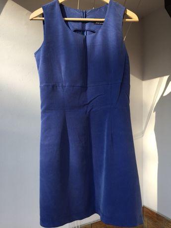 Ciemno niebieska sukienka na ramiączkach od ORSAY w rozm. 38