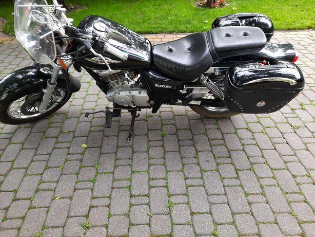 Suzuki Marauder 125 cm3