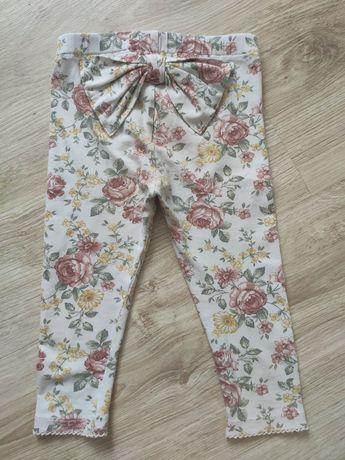 Piękne legginsy w kwiaty newbie, rozmiar 80.