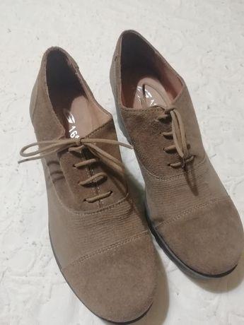 Sapato castanho Tam 40