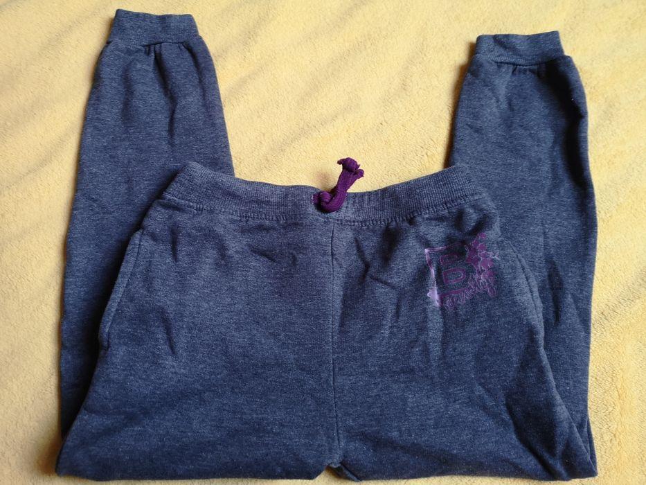 Ocieplane spodnie dresowe R128 Warszawa - image 1