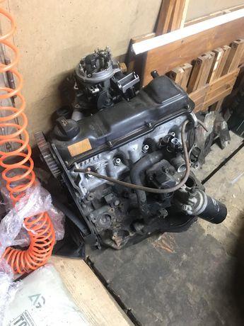 Дигатель Audi 80 б4 АВТ 2.0
