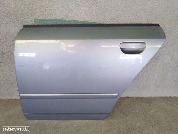 Porta trás esquerda Audi A4 B6 ano 2003 original
